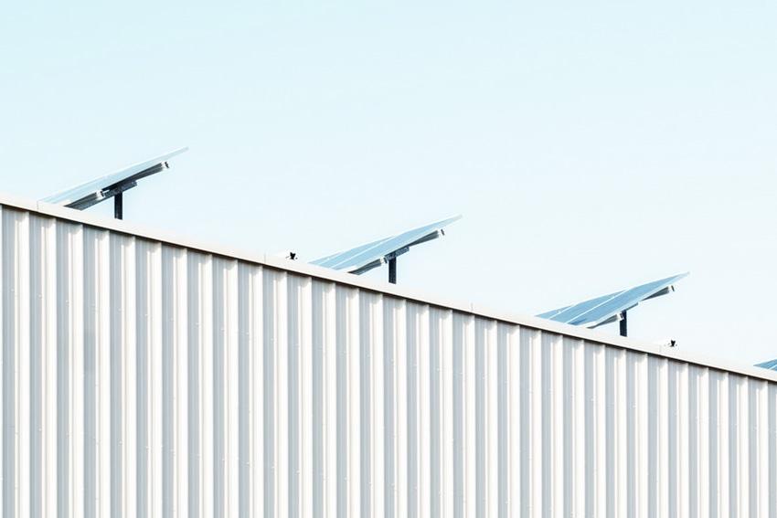 Exigencias regulatorias y efectos de una fusión de sociedades titulares de instalaciones fotovoltaicas