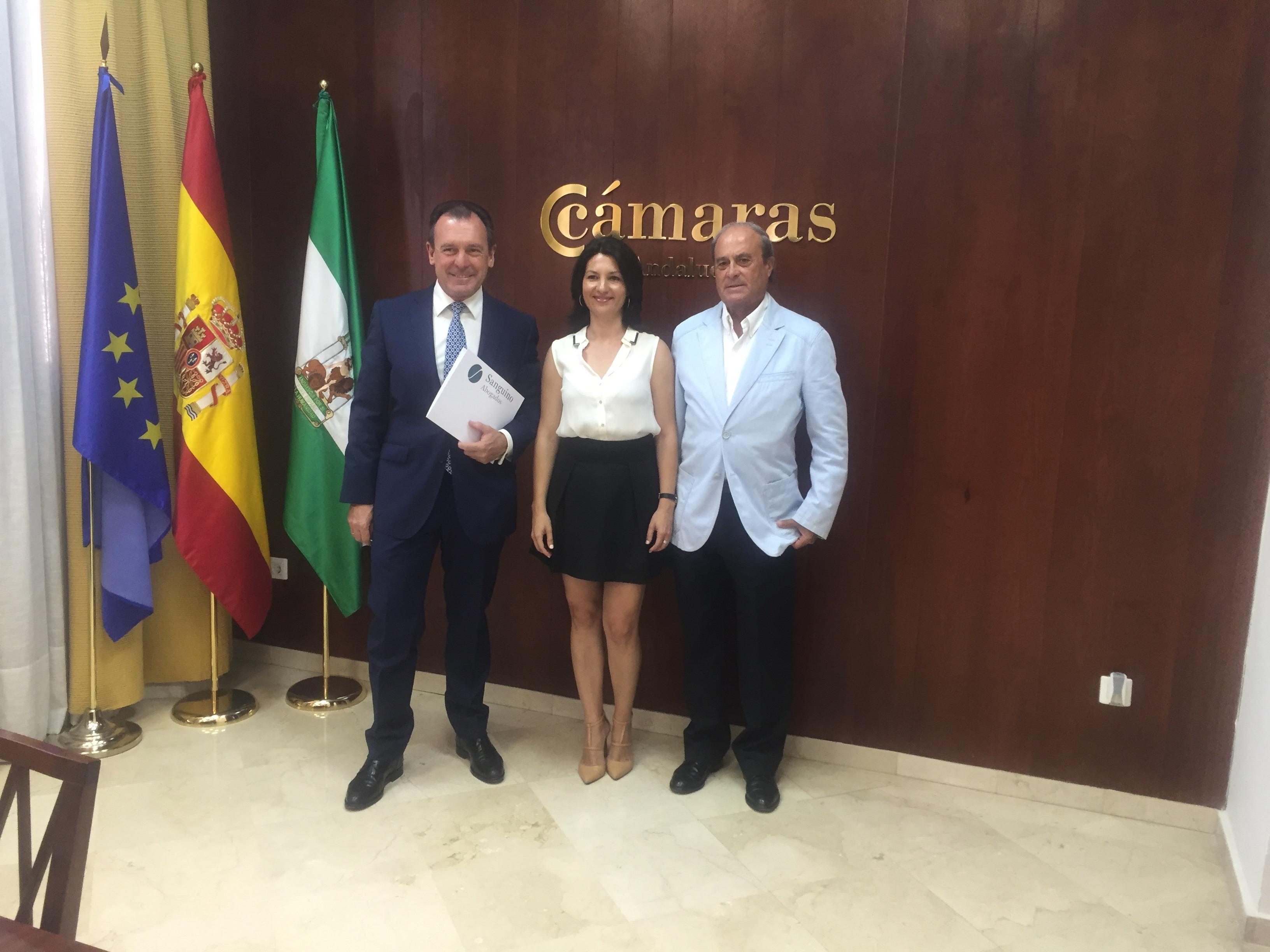 El Consejo Andaluz de Cámaras de Comercio y Sanguino Abogados suscriben un Convenio de Colaboración.
