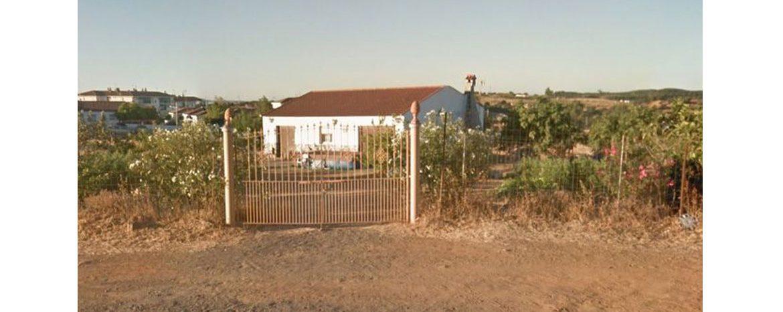 Primer auto judicial en Huelva que salva de la demolición una vivienda con condena firme